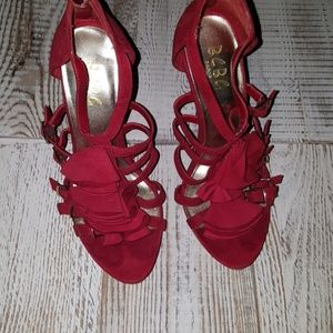 Bcbg paris Red size 7 heels